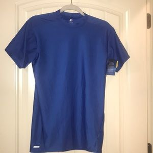 Sz Xl compression/cross training shirt. NWT